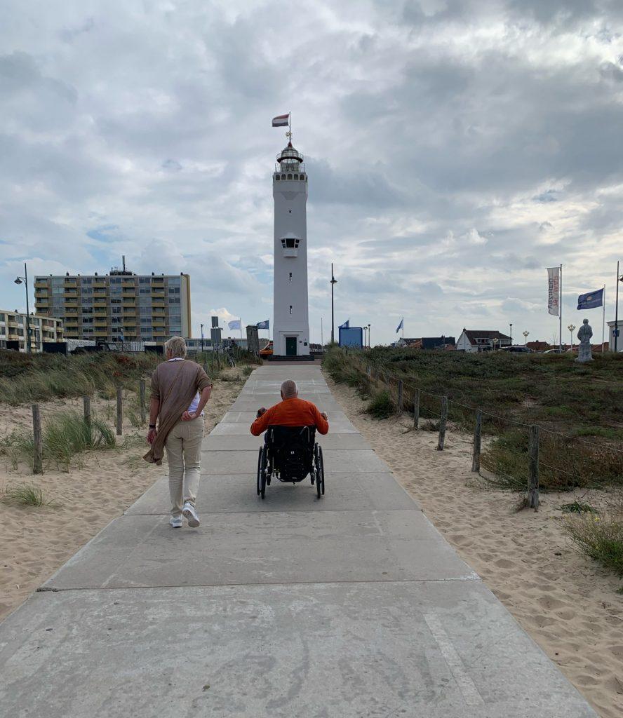 Vicair Active O2 wheelchair cushion testimonial Toine at the beach